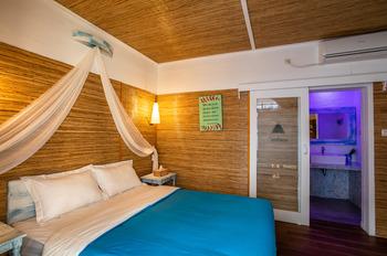 Santorini Beach Resort Lombok - Deluxe Room Only Regular Plan