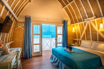 Santorini Beach Resort Lombok - Deluxe Room with Sunset View Minimum Stay