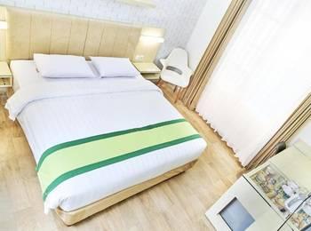 Hotel Wisata Niaga Campus Purwokerto - Superior Double  Regular Plan