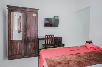 RedDoorz near Gatot Subroto Lampung 2 Bandar Lampung - RedDoorz Room Regular Plan