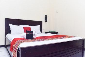 RedDoorz Plus @ Tretes Pasuruan - RedDoorz Premium Room Last Minute