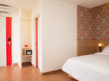 DeMira Hotel Surabaya - Studio with Breakfast Regular Plan