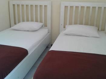 Hotel Cendrawasih Jember - Deluxe Room Regular Plan