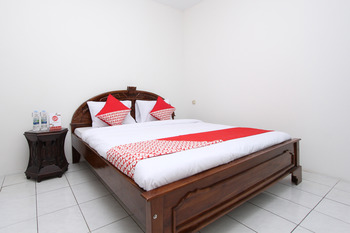 OYO 434 Hotel Parahiyangan Bandar Lampung - Standard Double Room Last Minute