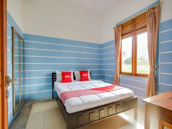 OYO 3896 Villa Pesona Wisata Puncak Cianjur - Suite Family Last Minute Deal