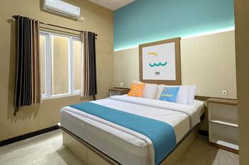 Sans Hotel Budaya Cirebon Cirebon - Superior Room KETUPAT