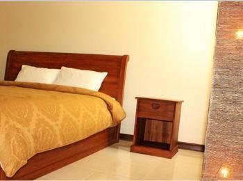 Makassar Guest House Makassar - Deluxe Room Regular Plan