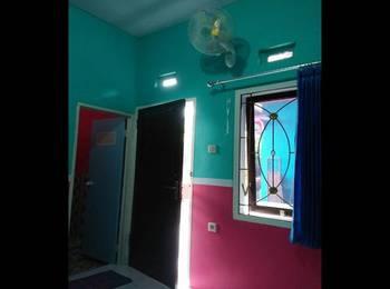 Homestay Lidiya Banyuwangi - Standard Room Regular Plan