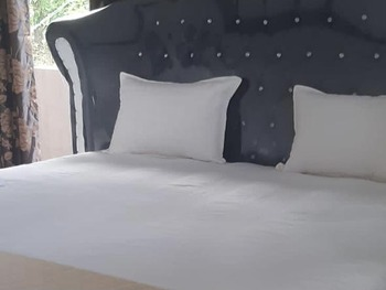Hotel Nangin View Langkat - SALE Room Basic Deal