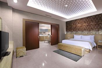 Aston Imperial Bekasi Hotel Bekasi - Junior Suite Regular Plan