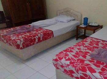 Hotel Sakato Padang - Economy Room -  Shared Bathroom Regular Plan