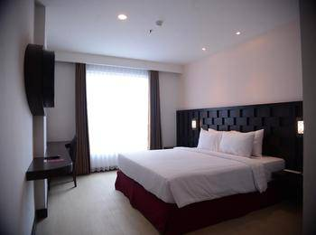 Grand Orchid Hotel Jogja - Deluxe Queen Room Only Regular Plan