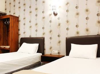 House of Dharmawan Surabaya - Deluxe Room - Double or Twin Regular Plan