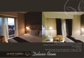 Hotel Wisata 4 UIT Makassar - Deluxe King Room Only Regular Plan