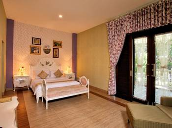 The Victoria Luxurious Guest House Bandung - SUITE ROOM MARC&APRL