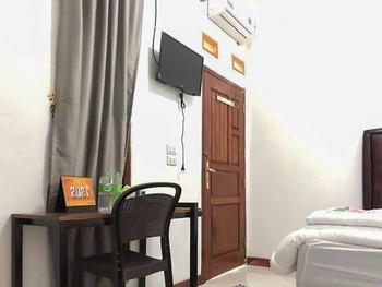 Homestay Asri Syariah Tulang Bawang Barat Tulang Bawang Barat - Standard Room Best Deal