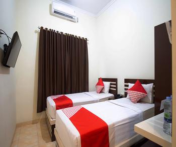OYO 765 Wisma Andalas Asri Syariah Bandar Lampung - Standard Twin Room Regular Plan