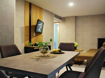 Sparks Convention Lampung - Royal Suite Room Regular Plan
