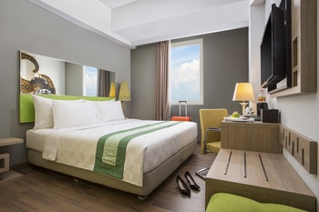 Pesonna Hotel Gresik - Deluxe Pesonna King Room BEST % Dlx