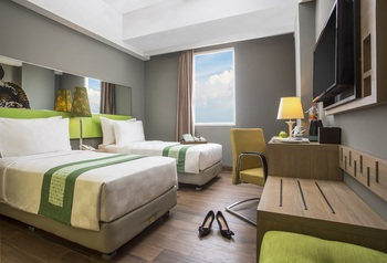 Pesonna Hotel Gresik - Deluxe Pesonna Twin Room Best Deal