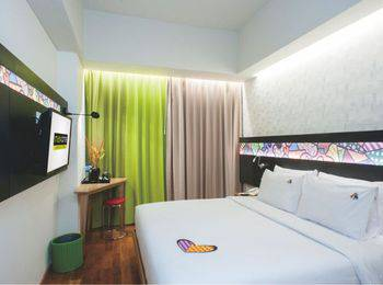 MaxOneHotels at Dharmahusada  Surabaya - Happiness Room Flexible Stay