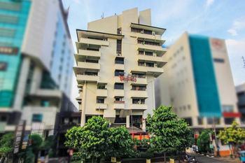 Grand Menteng Hotel