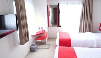 Brothers Inn Solobaru Solo - Standard Room Twin Bed- Gratis Takjil Sahur Regular Plan