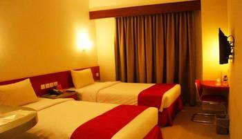 Brothers Inn Solobaru Solo - Standard Room Twin Bed Regular Plan