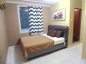 Venice Guest House Jakarta - Double Room Promo