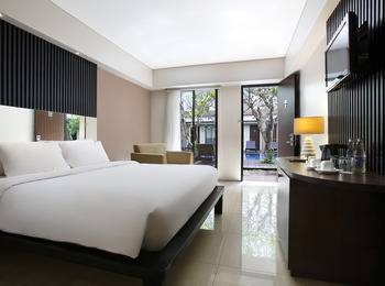 Hotel Santika Kuta Bali - Executive Room King Offer  Last Minute Deal