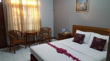 Tugu Indah Hotel Semarang - Superior CNY Deals
