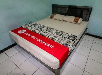 NIDA Rooms Panjang Surabaya University Surabaya - Double Room Double Occupancy Special Promo