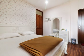 Jayagiri Guesthouse Lembang - Deluxe 2nd Floor Double or Twin Room Only FC Regular Plan