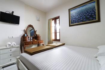 Jayagiri Guesthouse Bandung - Standard 2nd Floor Room Only NR Min 2N stay 40%