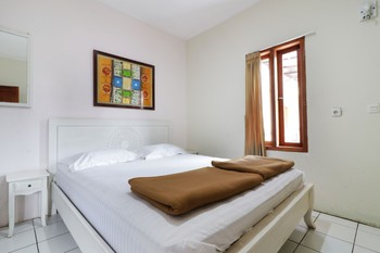 Jayagiri Guesthouse Bandung - Superior 2nd Floor Room Only NR Min 2N stay 40%