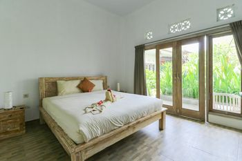 Karan Homestay Bali - Standard Room Room Only NR Stay More, Pay Less