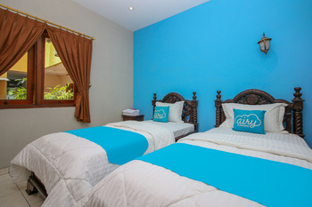 Airy Imam Bonjol 35 Solo Solo - Deluxe Twin Room Only Special Promo Jan 28