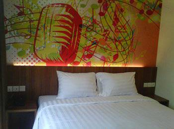 Front One Hotel Purwodadi Grobogan - Superior Double Room Special Deal