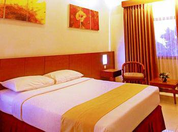 Karang Sentra Hotel Bandung - Superior Room With Breakfast Regular Plan