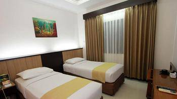 Karang Setra Hotel & Cottages Bandung - Standard Twin Room Only Regular Plan