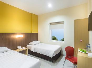 Astera Hotel Bintaro - Superior Room Only Best Deals