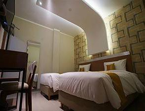 Hotel Faustine by Conary Semarang - Smart Twin No Window Room Only Regular Plan