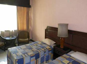 Hotel Istana Bandung Bandung - Deluxe Twin Room Only Last Minute