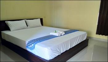 Savannese Homestay Kupang - Deluxe Room Breakfast Peyuk