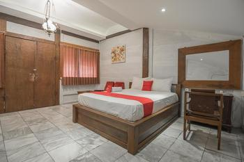 RedDoorz Resort @ Lembang 2 Lembang - RedDoorz Room Regular Plan