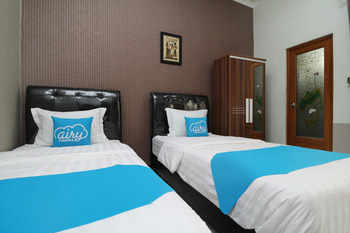 Airy Eco Gubeng Kalibokor 31 Surabaya - Standard Twin Room Only Special Promo June 42