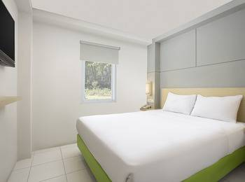 Odua Bekasi Hotel Bekasi - Deluxe Double Room Only Worry Free!