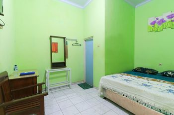 Hotel Permata Sidoarjo - Superior Room A FC 3D Basic Deal