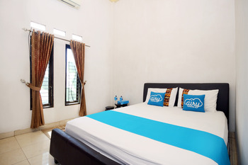 Airy Syariah Ahmad Yani KM 32.5 Banjarbaru - Standard Double Room Only Regular Plan