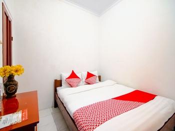 OYO 1788 House 24 Yogyakarta - Deluxe Double Room Regular Plan